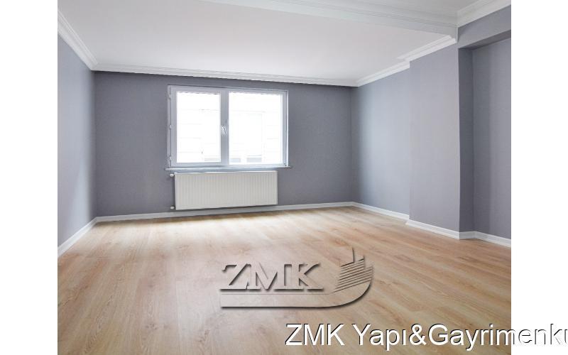 ESENYURT SELAHATTİN EYÜBİ MAHALLESİNDE 2+1 BALKONLU ARAKAT...